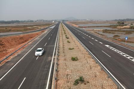 Cao tốc Nội Bài - Lào Cai: Sắp thông xe gói thầu do Trung Quốc thi công