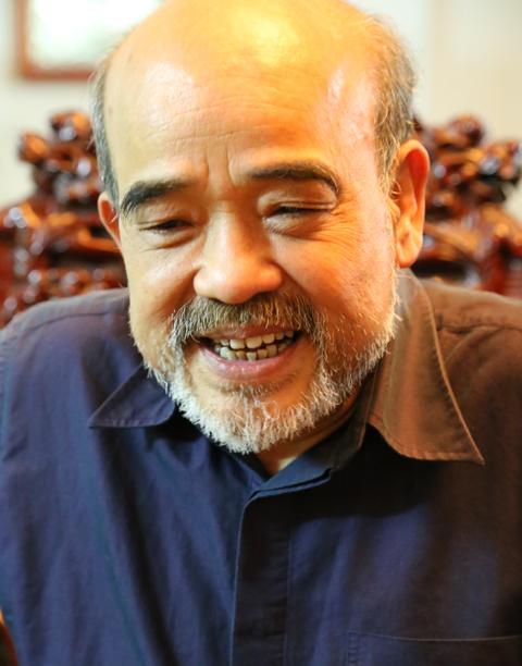 GS Đặng Hùng Võ: Lương Thứ trưởng 8 triệu, tôi đủ sống thoải mái