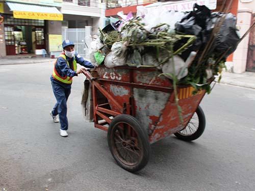 Công ty Môi trường và Đô thị Nha Trang: Giám đốc bị tố lãnh lương quá cao