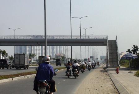 TPHCM xây thêm 13 cầu và hầm bộ hành