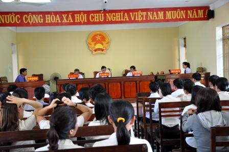 Phiên tòa hy hữu xử vụ doanh nghiệp kiện UBND tỉnh Quảng Nam