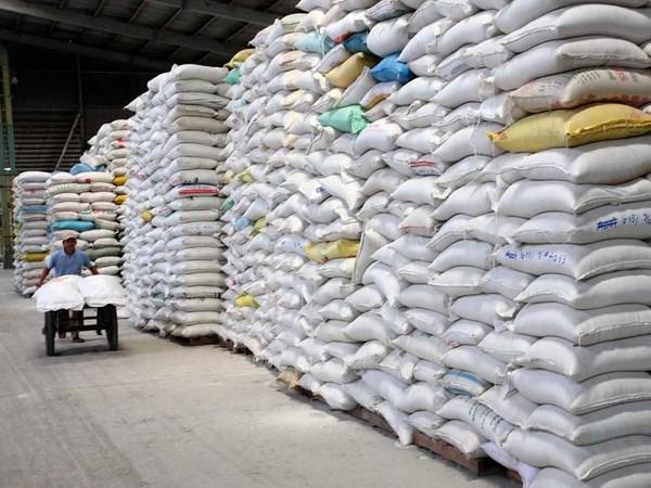 Việt Nam nhận hợp đồng bán 800.000 tấn gạo cho Philippines