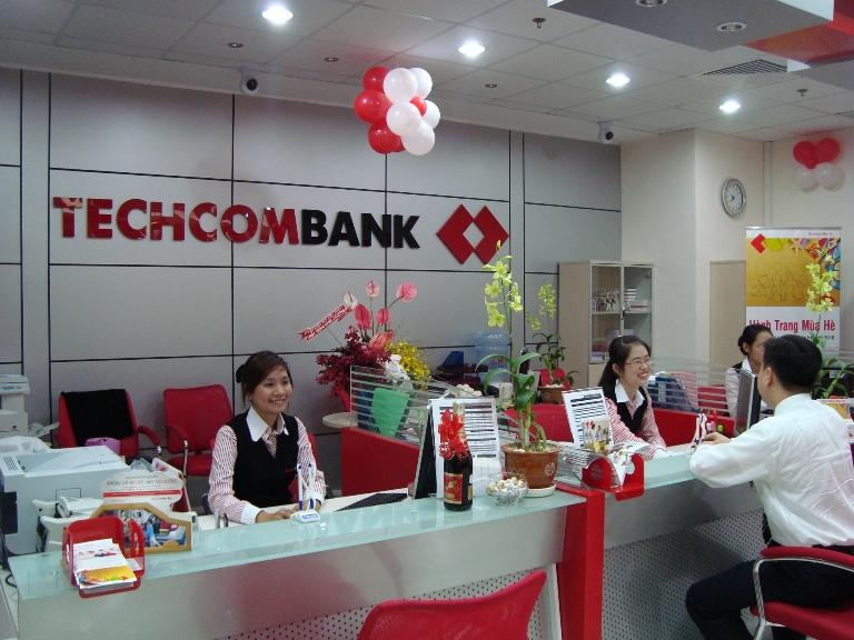 Techcombank lãi quý I bằng 57% kế hoạch năm
