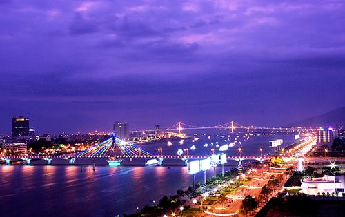 Đà Nẵng sẽ tăng thuế nhà hàng, khách sạn mùa cao điểm du lịch