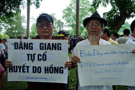 Người dân khẳng định biển Đông là của Việt Nam từ ngàn đời nay