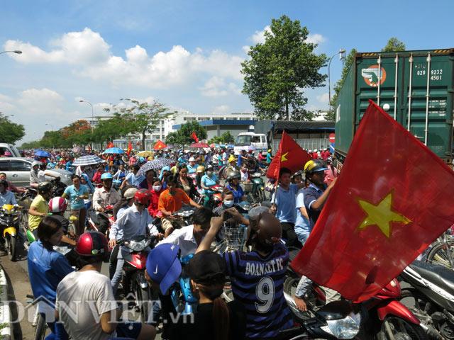 Bình Dương: Công nhân ngừng việc ở hầu hết các nhà máy của Trung Quốc