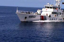 Tàu Trung Quốc đâm gãy 10m lan can tàu Cảnh sát biển Việt Nam