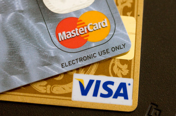 Visa và MasterCard có thể rút khỏi Nga do lo ngại lệnh trừng phạt