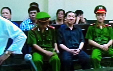 Dương Chí Dũng trước phiên xử chiều nay