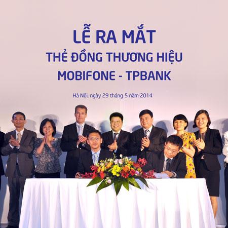 Ra mắt thẻ đồng thương hiệu MobiFone - TPBank