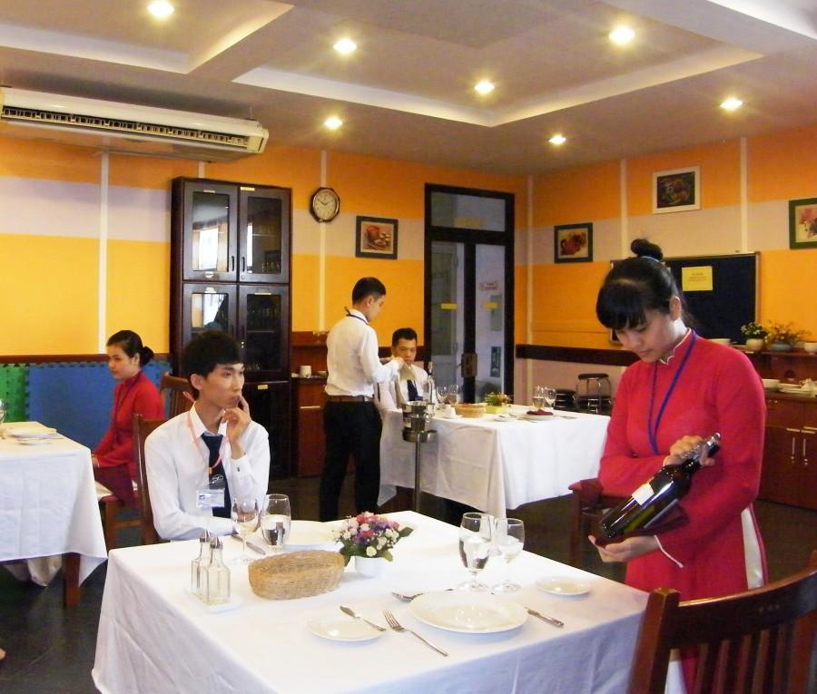 Trường CĐ Nghề Du lịch Sài Gòn hợp tác với 10 doanh nghiệp