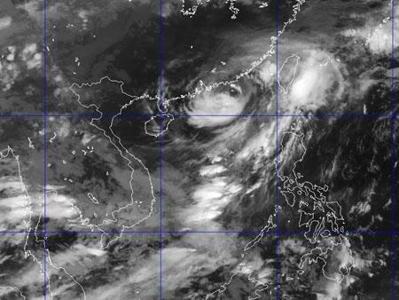 Bão số 1 đi sâu vào đất liền Trung Quốc, thời tiết nguy hiểm khu vực giàn khoan