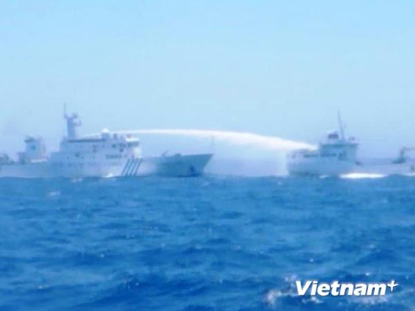 Trung Quốc lại tăng số lượng tàu ở khu vực giàn khoan trái phép