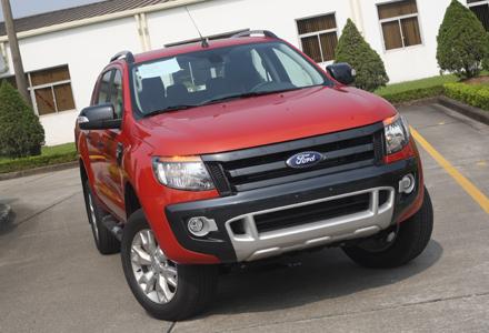 Gần 650 xe bán tải đến tay người tiêu dùng trong tháng 5/2014