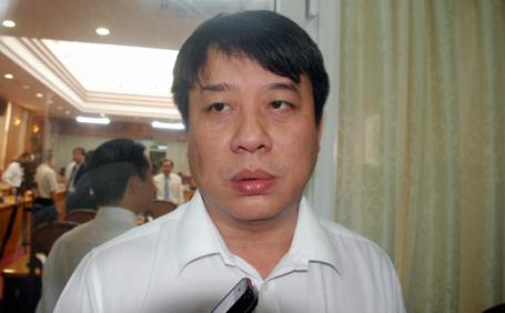 """Chủ tịch EVN Hà Nội: """"Trèo cột ghi số, sai sót là đương nhiên!"""""""