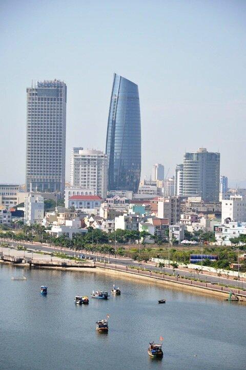 Ngày đầu vận hành tòa nhà 95 triệu đô ở Đà Nẵng