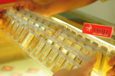 Vàng SJC lại giảm ngược chiều giá thế giới