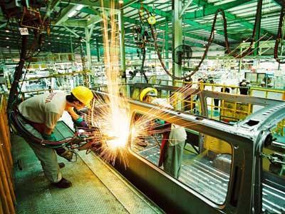 Ưu đãi thật nhiều cho FDI nhưng nền kinh tế nhận về là tăng trưởng âm
