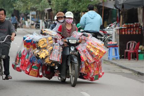 Chi tiêu Rằm tháng Bảy đẩy CPI Hà Nội tăng