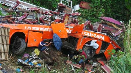 Lào Cai đình chỉ các tuyến vận tải của hãng xe Sao Việt