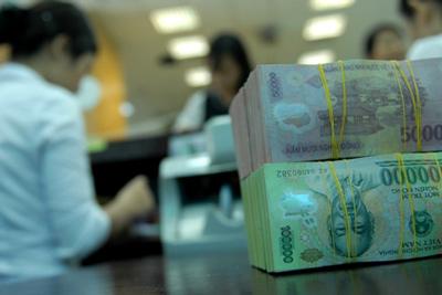 HSBC dự báo NHNN sẽ hạ lãi suất OMO để kích cầu