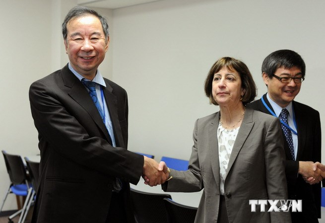Nhật Bản và Mỹ vẫn chia rẽ về việc mở cửa thị trường ôtô