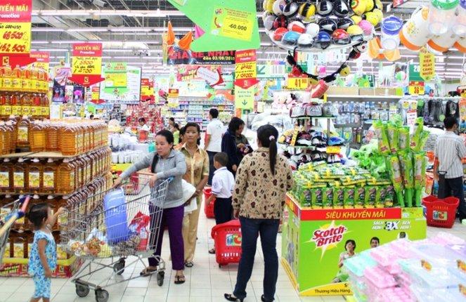 Niềm tin người tiêu dùng Việt Nam quay đầu giảm
