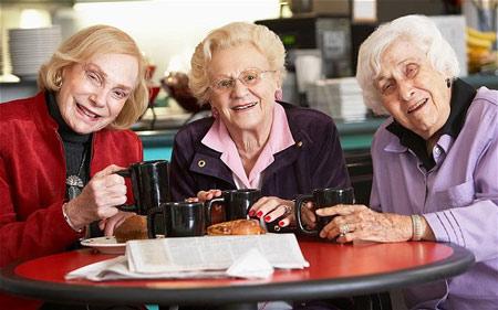 Chỉ số hạnh phúc: Cuộc sống bắt đầu ở tuổi 70