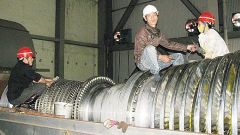 Không chỉ đưa công nghệ lạc hậu vào Việt Nam mà các dự án còn sử dụng đa số công nhân người Trung Quốc