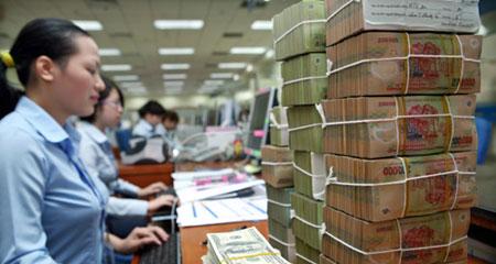 Kẽo kẹt nợ xấu: Sếp ngân hàng bán cá, trông kho