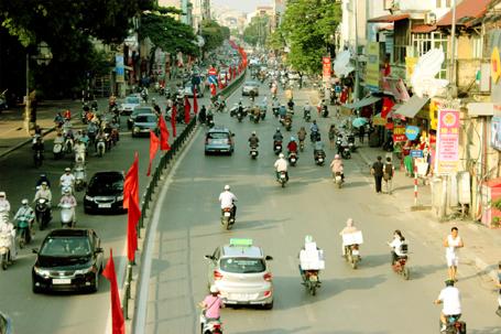"""Hà Nội """"khoác áo mới"""" chào mừng 60 năm giải phóng Thủ đô"""