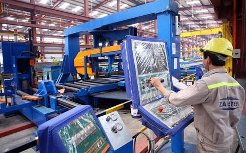 Chín tháng đầu năm, sản xuất công nghiệp nhích tăng trở lại