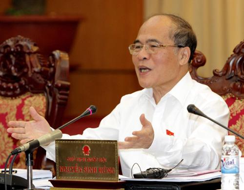 """Chủ tịch Quốc hội Nguyễn Sinh Hùng: """"Cứ ăn hết thì lấy đâu ra!?"""""""