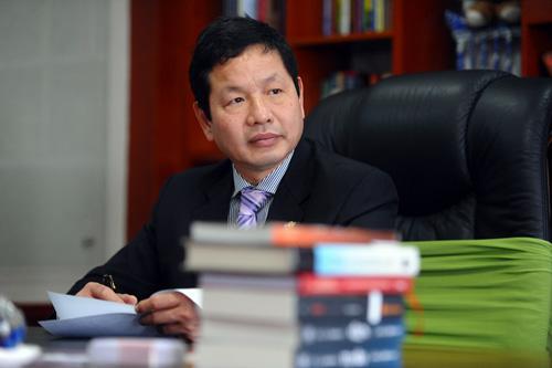 """Chủ tịch FPT Trương Gia Bình và khoảng lặng """"doanh nhân luống tuổi"""""""