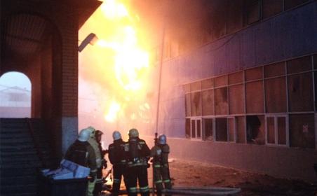 Cháy chợ người Việt ở Nga