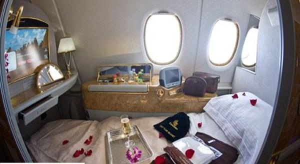 Ngắm nội thất siêu sang trên máy bay dành cho đại gia