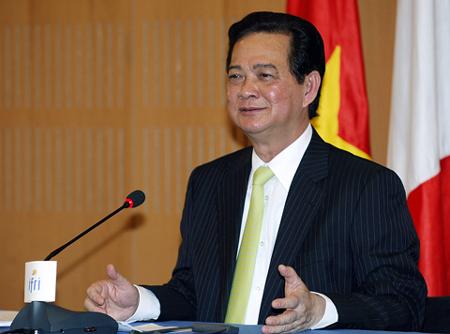 Vĩnh Long thay Chủ tịch tỉnh, Đồng Tháp có Phó Chủ tịch mới