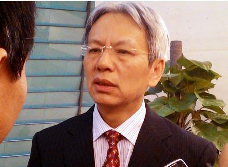 """""""Bộ trưởng ở Việt Nam từ chức, không dễ xin việc khác"""""""