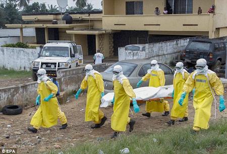 Ebola lan nhanh gấp 9 lần so với 2 tháng trước