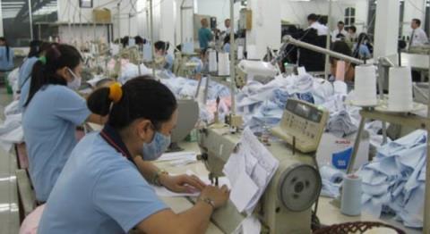 Nhiều chuyên gia đã nhận định chính sự thiếu sáng tạo và ngại đầu tư cho KHCN khiến Việt Nam trở thành nước gia công toàn diện