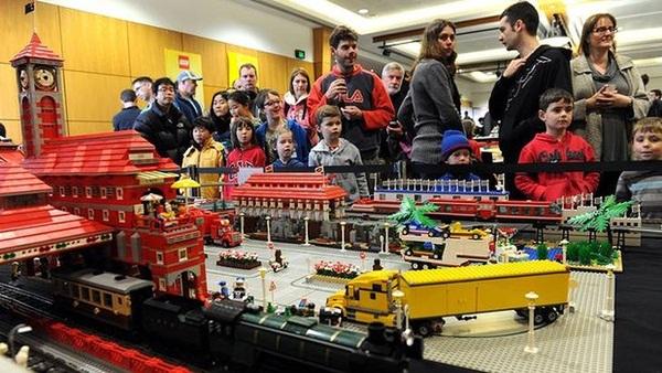 """""""Sốt sắng"""" chống hảng giả đồ chơi trẻ em Lego"""