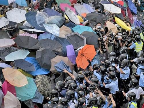 Một cái nhìn lạnh lùng về cuộc khủng hoảng ở Hồng Kông