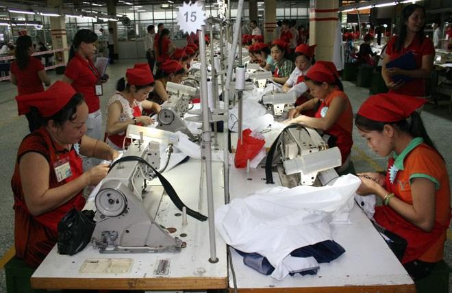 Doanh nghiệp dùng thủ đoạn ép người lao động