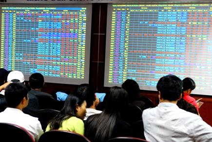 Sẽ có cơ chế kiểm soát vốn từ ngân hàng sang TTCK