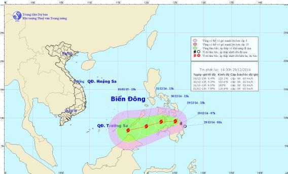 Bão mạnh cấp 8 xuất hiện gần biển Đông
