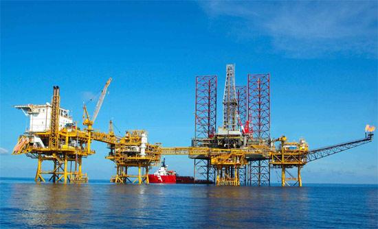 """Chủ tịch PVN: """"Giá dầu giảm, cơ hội nắm những mỏ dầu khí triển vọng"""""""