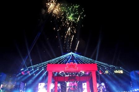 Màn pháo hoa chào đón năm mới 2015