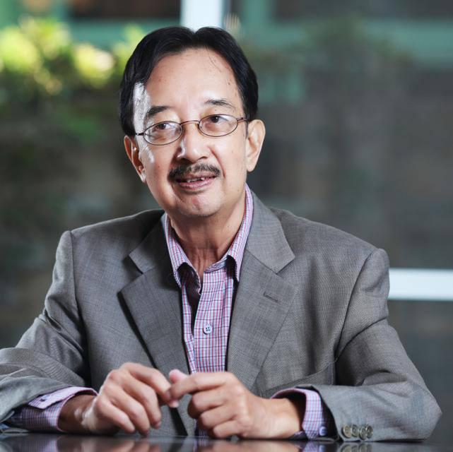 TS Alan Phan dự báo về kinh tế Việt Nam năm 2015