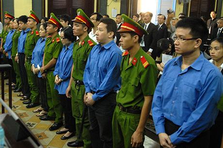 20/23 bị cáo kháng cáo đều xin giảm nhẹ mức án tại phiên tòa phúc thẩm