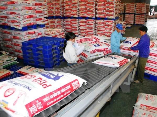 Bộ Tài chính yêu cầu giảm giá phân bón, thức ăn chăn nuôi
